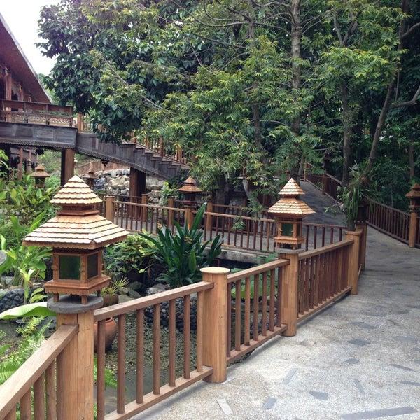 Photo taken at Santhiya Resort And Spa Koh Phangan by Ary R. on 6/12/2013