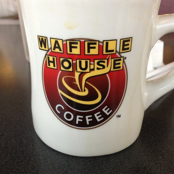 Photo taken at Waffle House by Robert W. on 2/2/2013