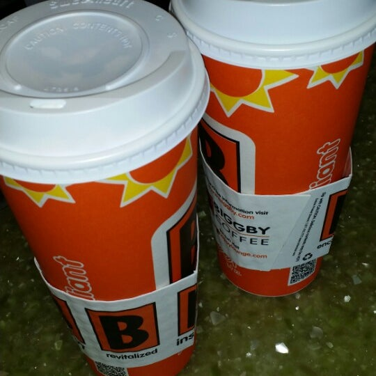 Photo taken at BIGGBY COFFEE by Heather H. on 4/23/2014