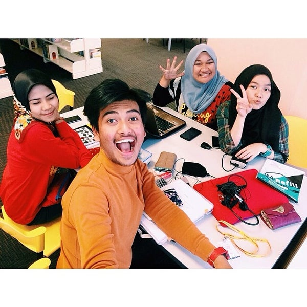 Photo taken at National Library (Perpustakaan Negara) by Aiman A. on 3/10/2014