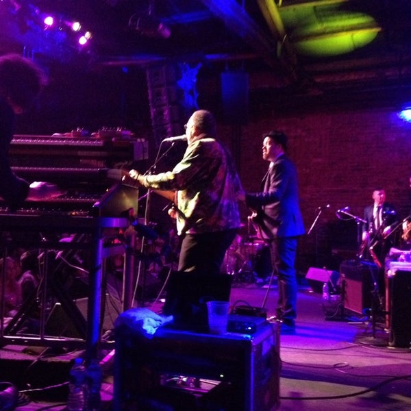 Photo taken at Brooklyn Bowl by Robert C. on 3/16/2014
