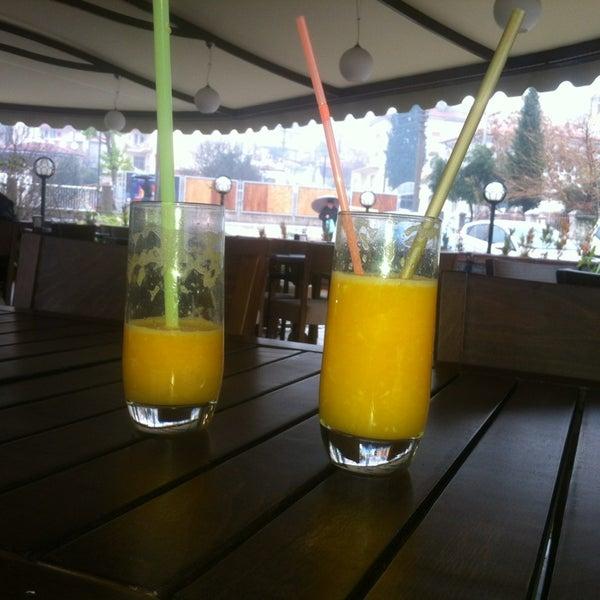12/30/2012 tarihinde NESE E.ziyaretçi tarafından Lotus Cafe Restaurant'de çekilen fotoğraf