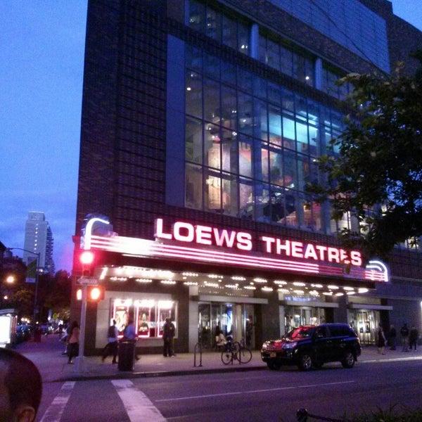 Снимок сделан в AMC Loews Lincoln Square 13 пользователем Cass C. 6/12/2013