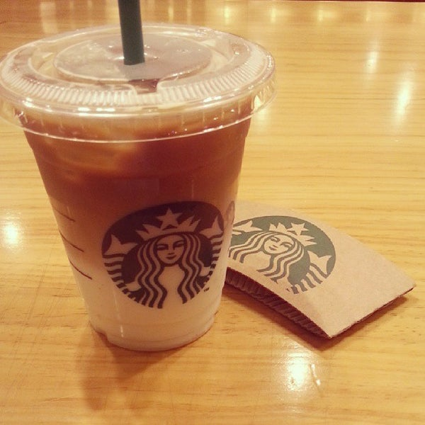 Photo taken at Starbucks by Youn J. on 9/9/2013