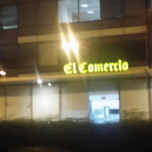Photo taken at El Comercio by Fiorella F. on 6/17/2014