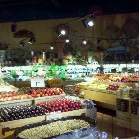 The fresh market grocery store in orlando for Fresh fish market orlando