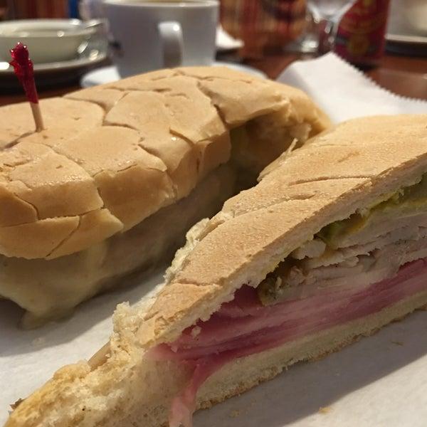 Photo taken at Havana Restaurant by Srivatsa R. on 7/22/2016