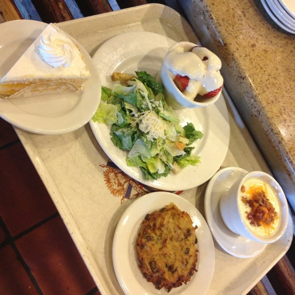 Photo taken at La Madeleine Country French Café by Victor R. on 4/7/2013