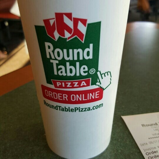 Round Table Pizza: Round Table Pizza