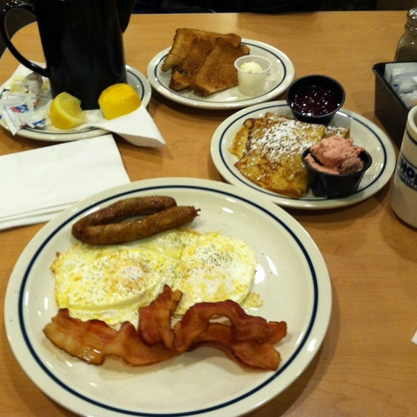 Photo taken at IHOP by Patrick M. on 1/18/2014