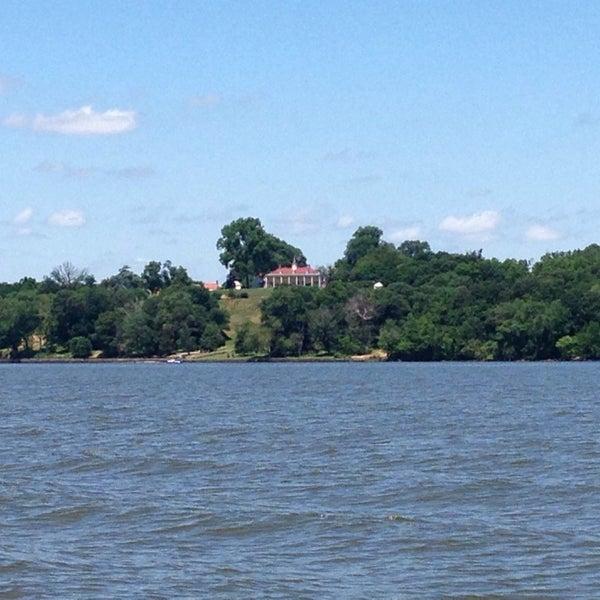 Photo taken at George Washington's Mount Vernon Estate, Museum & Gardens by Shane S. on 6/22/2013