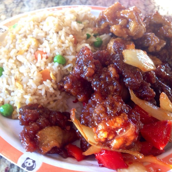 Photo taken at Panda Express by David F. on 12/24/2013