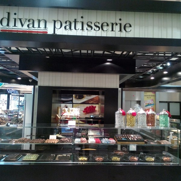 photos at divan patisserie bar stanbul stanbul