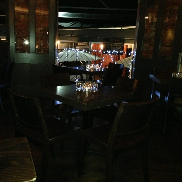 Places To Visit In Melbourne In August: Lounge In Melbourne CBD