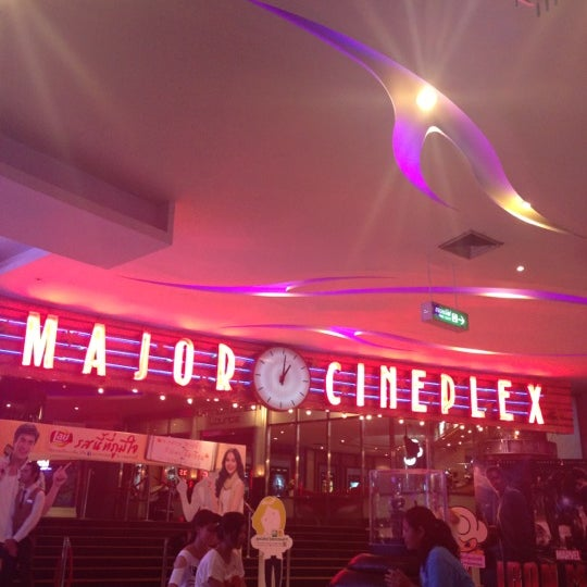 Photo taken at Major Cineplex Ratchayothin by 🍃🌾Tang-ohh on 5/29/2013