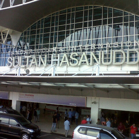 Photo taken at Sultan Hasanuddin International Airport (UPG) by iccank A. on 4/20/2013