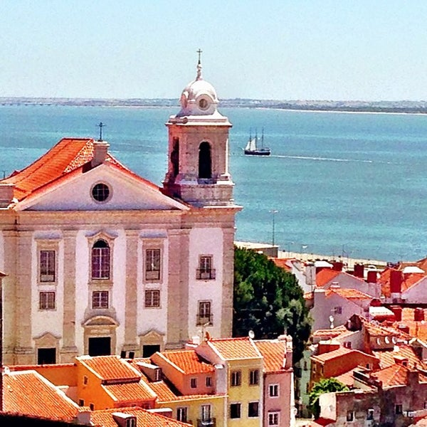 Where's Good? Holiday and vacation recommendations for Lissabon, Portugal. What's good to see, when's good to go and how's best to get there.