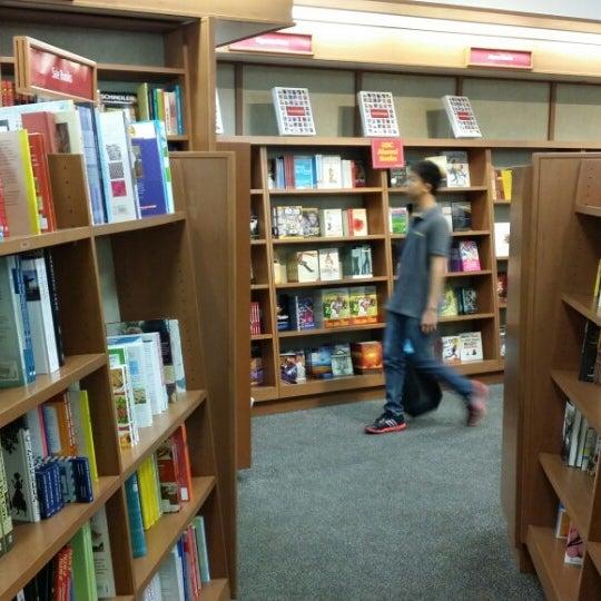 Photo taken at USC Bookstore (BKS) by Kryza B. on 4/13/2014
