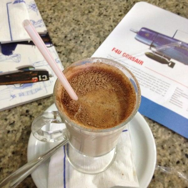 Photo taken at Air Café Palheta by Renan R. on 4/8/2013