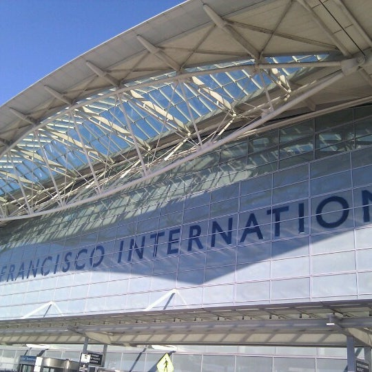 Photo taken at San Francisco International Airport (SFO) by Faust U. on 1/27/2013