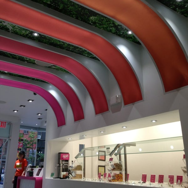 Photo taken at 16 Handles by Julie A. on 5/18/2013
