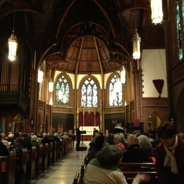 Photo taken at Church of the Holy Trinity (Episcopal) by @mik3cap on 3/3/2013