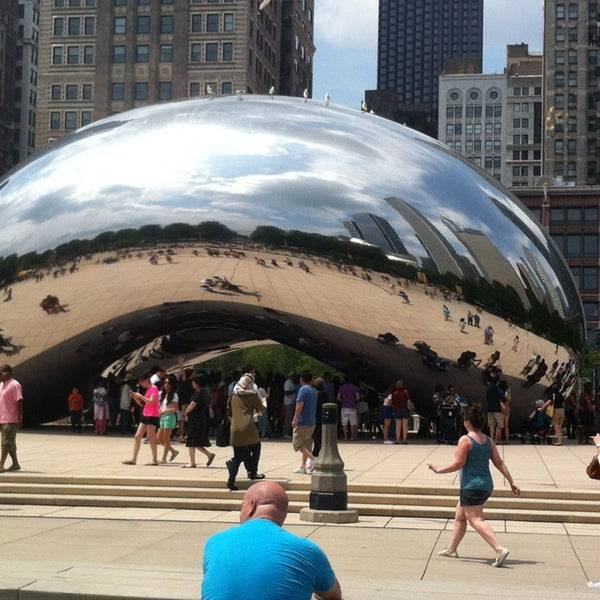 Photo taken at Cloud Gate by Kong T. on 7/4/2013