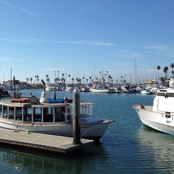 Photo taken at Harbor Fish and Chips by Bryan K. on 10/22/2014
