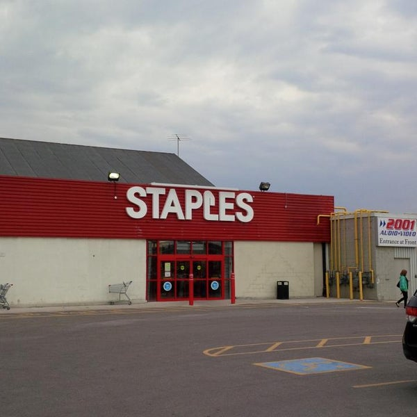 The latest Tweets from Staples Canada (@StaplesCanada). We are the Working and Learning Company. We are building a community of exploration and discovery, a Account Status: Verified.