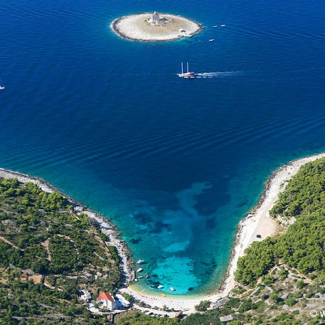 Where's Good? Holiday and vacation recommendations for Hvar, Croatie. What's good to see, when's good to go and how's best to get there.