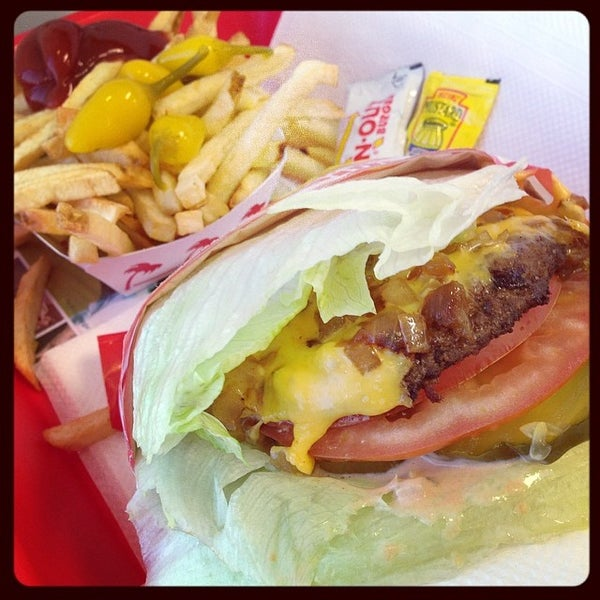 Photo taken at In-N-Out Burger by Michael K. on 4/7/2014