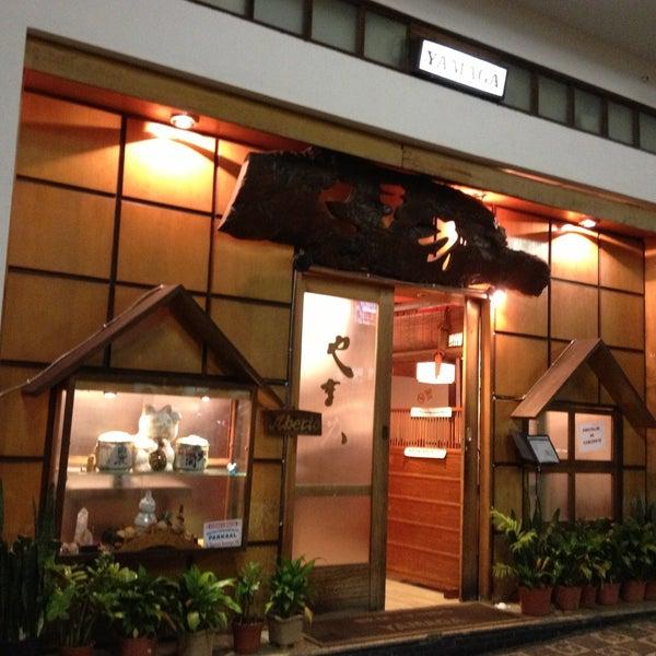 Frequento esse restaurante há mais de 10 anos. Sashimi de excelente qualidade, atendimento com cortesia, um lugar que vale a pena visitar!