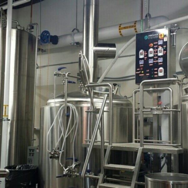 35 Awesome Reasons To Visit Denver Colorado: Mockery Brewing