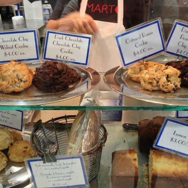 Photo taken at Levain Bakery by Fabio W. on 5/21/2013