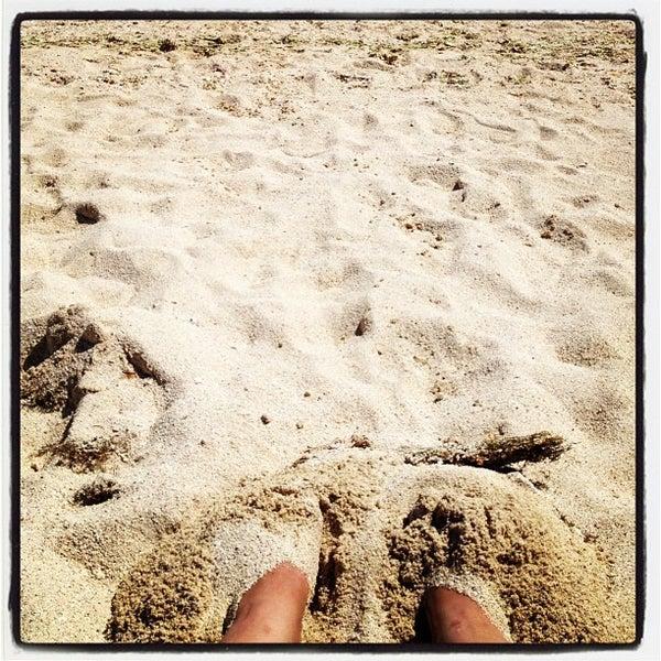 Photo taken at Playa Pichilingue by Ingrhid C. on 5/28/2012