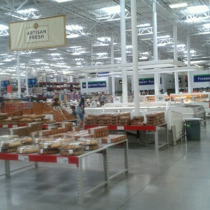Photo taken at Sam's Club by Jaisen Ryan S. on 6/10/2012