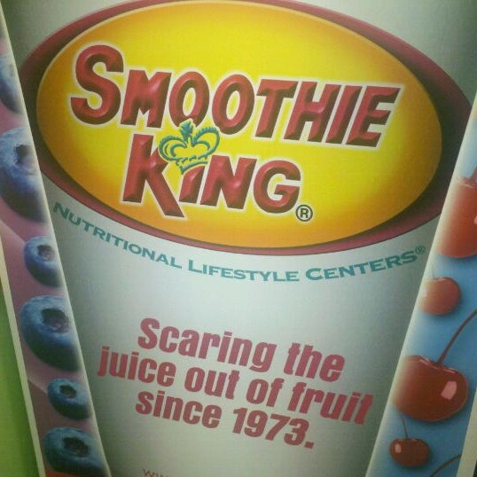 Photo taken at Smoothie King by Kimmi v. on 9/4/2011