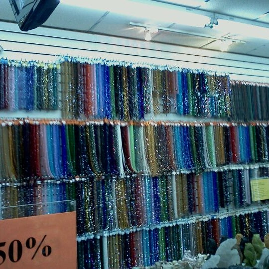 2 bead garment district 1028 avenue of the americas