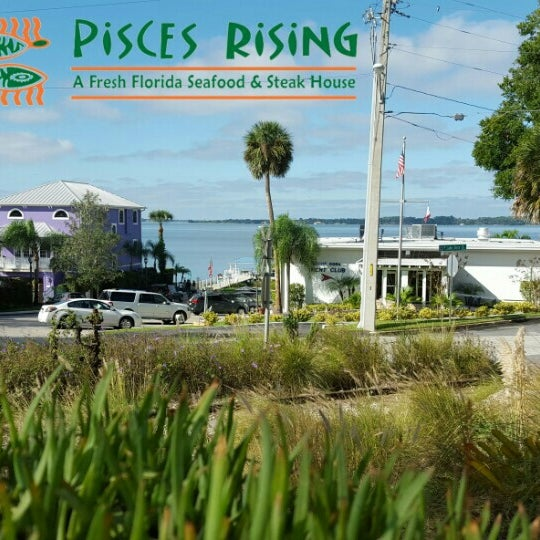 Photo taken at Pisces Rising by David L. on 11/11/2015