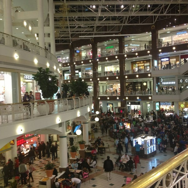 Food In Pentagon City Mall