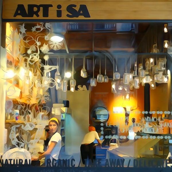 Artisa barcelona coffee shop in el barri g tic - Tea shop barcelona ...