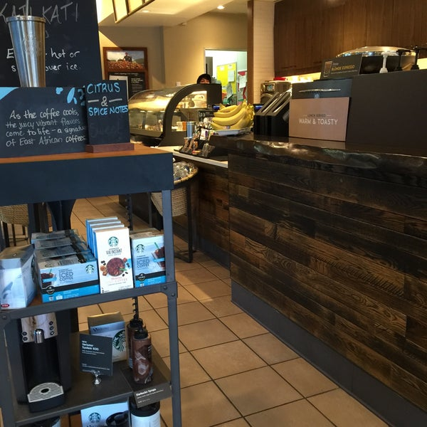 Photo taken at Starbucks by Memory G. on 8/1/2015