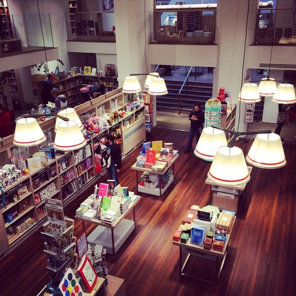 Photo taken at Foyles by trumper . on 10/29/2014
