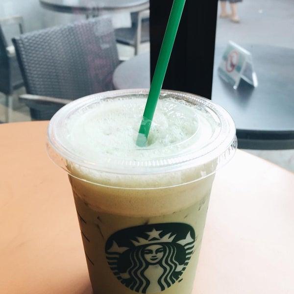 Photo taken at Starbucks by Wisanu L. on 5/6/2016