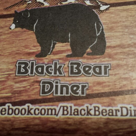 Photo taken at Gilbert Black Bear Diner by Samra H. on 5/30/2014