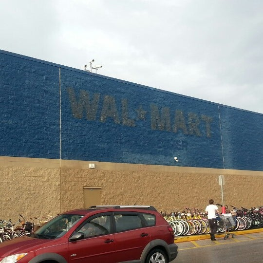 Photo taken at Walmart Supercenter by Devlin S. on 5/31/2013