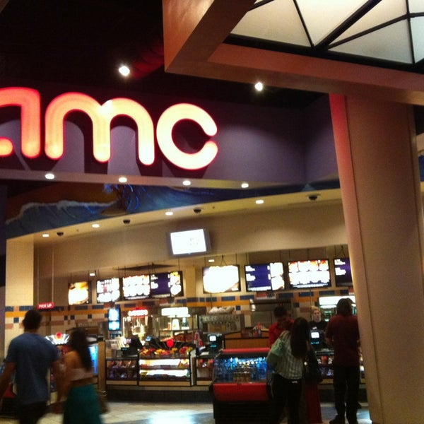Photo taken at AMC Fashion Valley 18 by Hamad A. on 6/10/2013