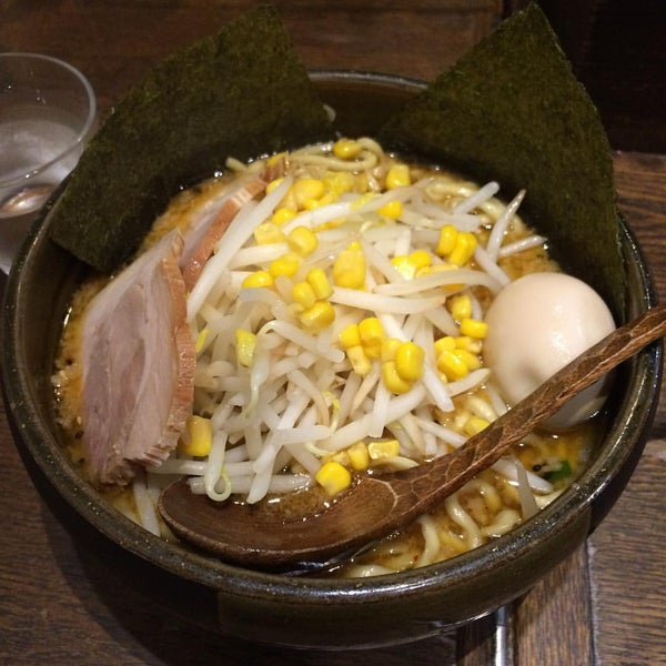 Photo taken at らーめんダイニング ど・みそ by og s. on 7/12/2016