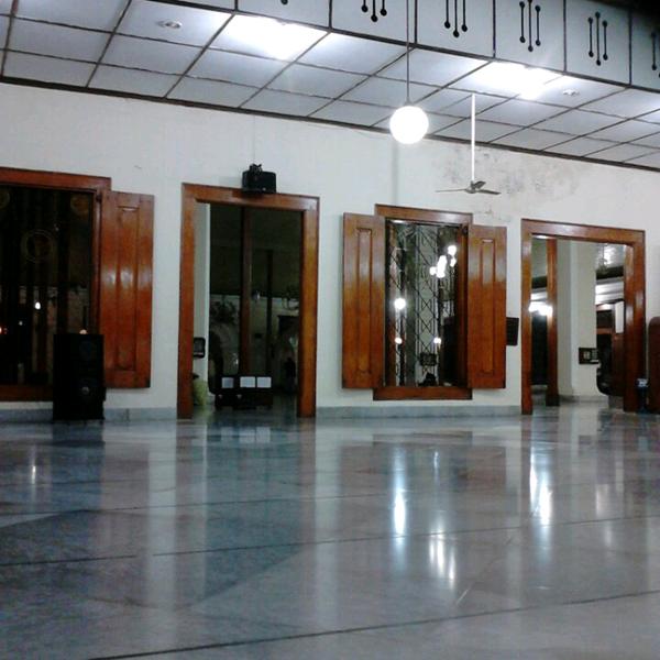 Photo taken at Masjid Jami' Kauman Pekalongan by Rachma on 5/10/2013