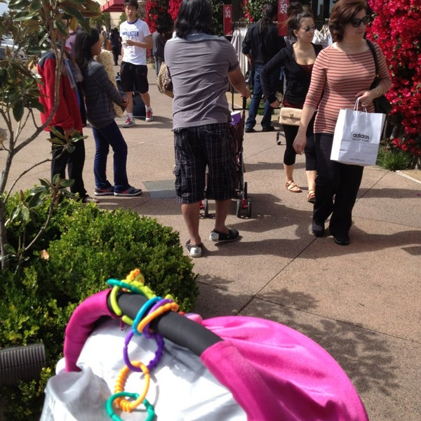 Photo taken at Carlsbad Premium Outlets by Benjamin L. on 5/26/2013